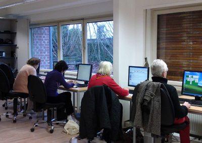 2011-Seniorclick,-Internetcafé